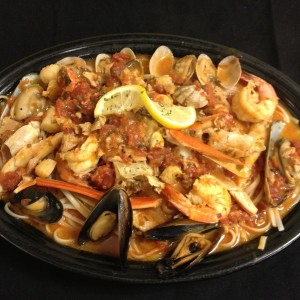 "Ciopino ""True Italian Seafood Classic"""